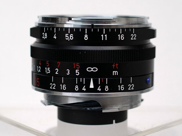 Ricoh GXR: M-Mount Unit with Zeiss 35 mm